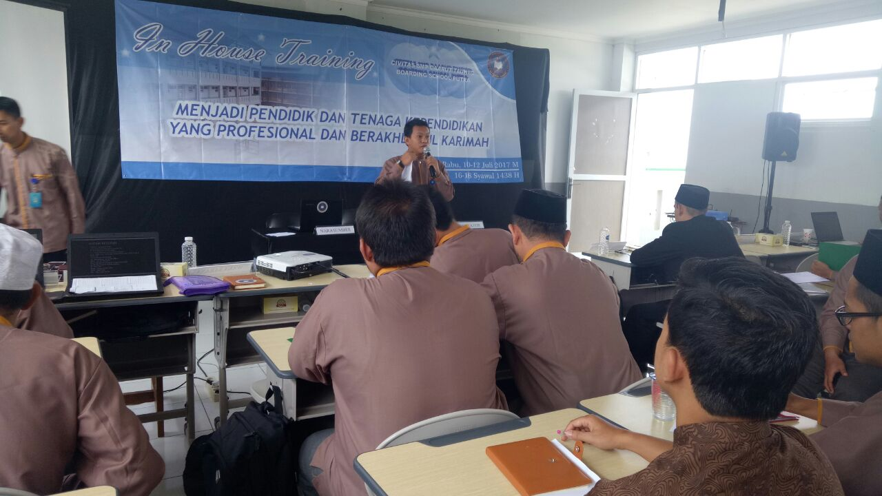 In House Training SMP DTBS PUTRA